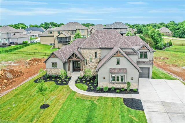 16227 Canterbury Road, Overland Park, KS 66085 (#2158291) :: The Shannon Lyon Group - ReeceNichols