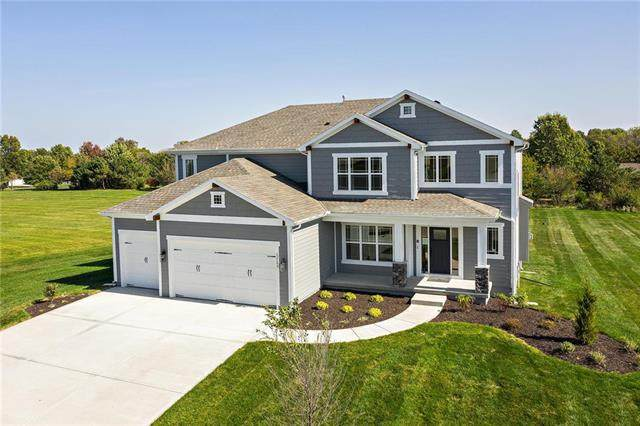 12193 S Quail Ridge Drive, Olathe, KS 66061 (#2222026) :: Dani Beyer Real Estate