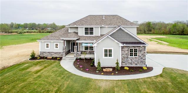 30405 Woodland Drive, Pleasant Hill, MO 64080 (#2084853) :: Char MacCallum Real Estate Group