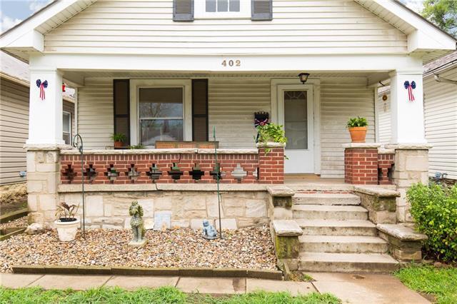 402 N Topping Avenue, Kansas City, MO 64123 (#2113254) :: Char MacCallum Real Estate Group
