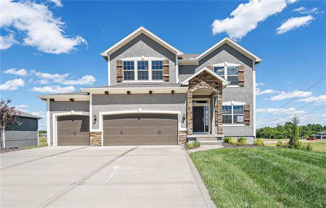 19009 W Skyview Lane, Spring Hill, KS 66083 (#2191408) :: Five-Star Homes