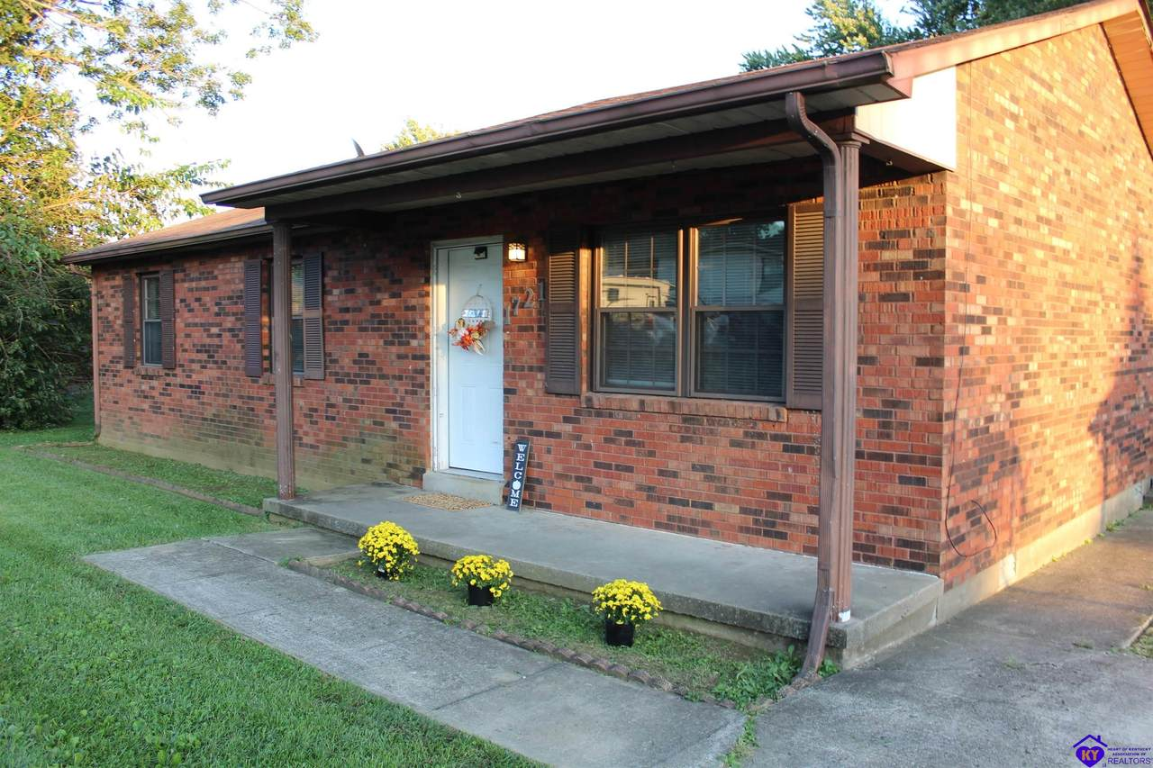 1721 Holly Court - Photo 1