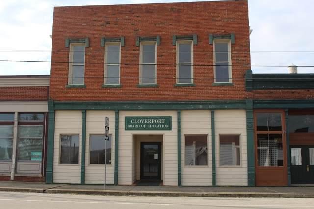214 W Main Street, CLOVERPORT, KY 40111 (#10052068) :: Team Panella