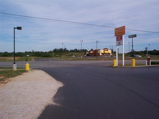 110 Roanoke Drive - Photo 1