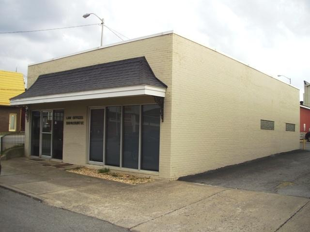 208 N Court Street, CAMPBELLSVILLE, KY 42718 (#10047505) :: The Price Group