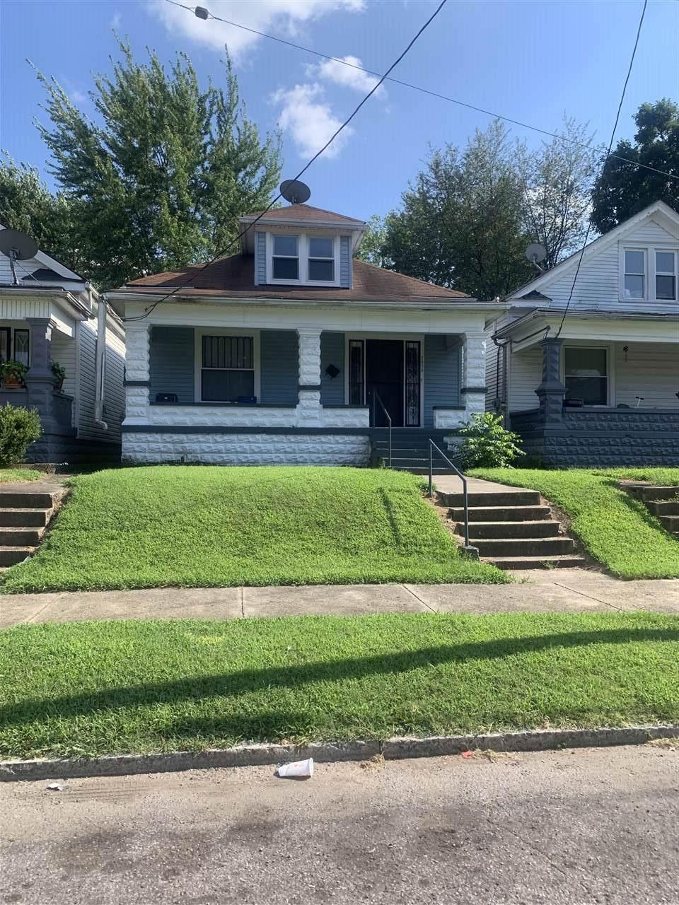 2514 Osage Avenue - Photo 1