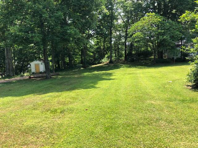 2704 Broadford Road, CLARKSON, KY 42754 (#10050718) :: The Price Group