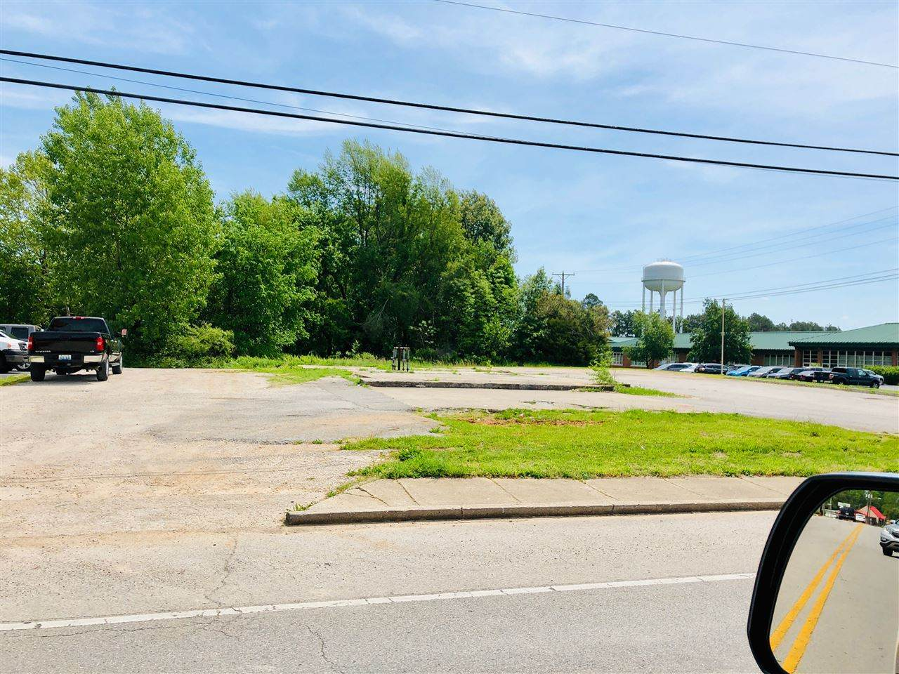 805 Lincoln Boulevard - Photo 1