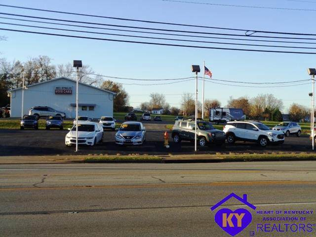 715 E Broadway Street, CAMPBELLSVILLE, KY 42718 (#10054602) :: The Price Group
