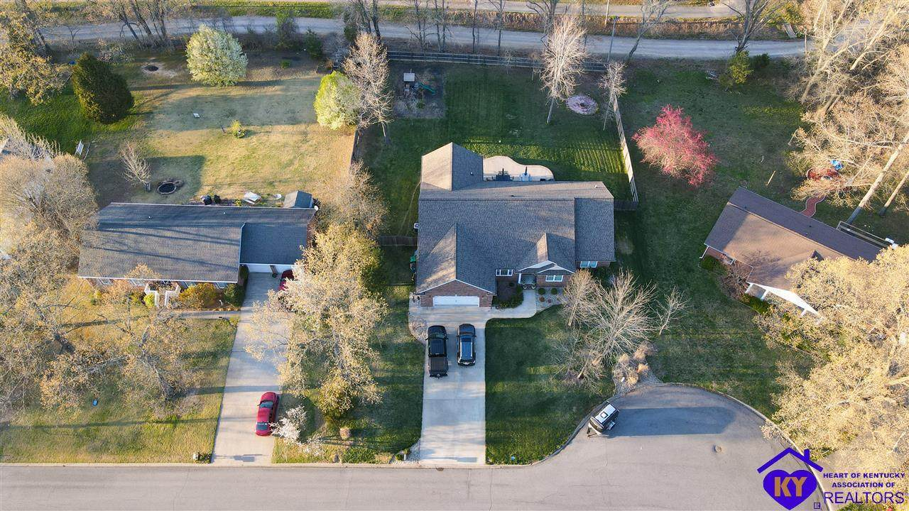 220 Spring View Drive - Photo 1