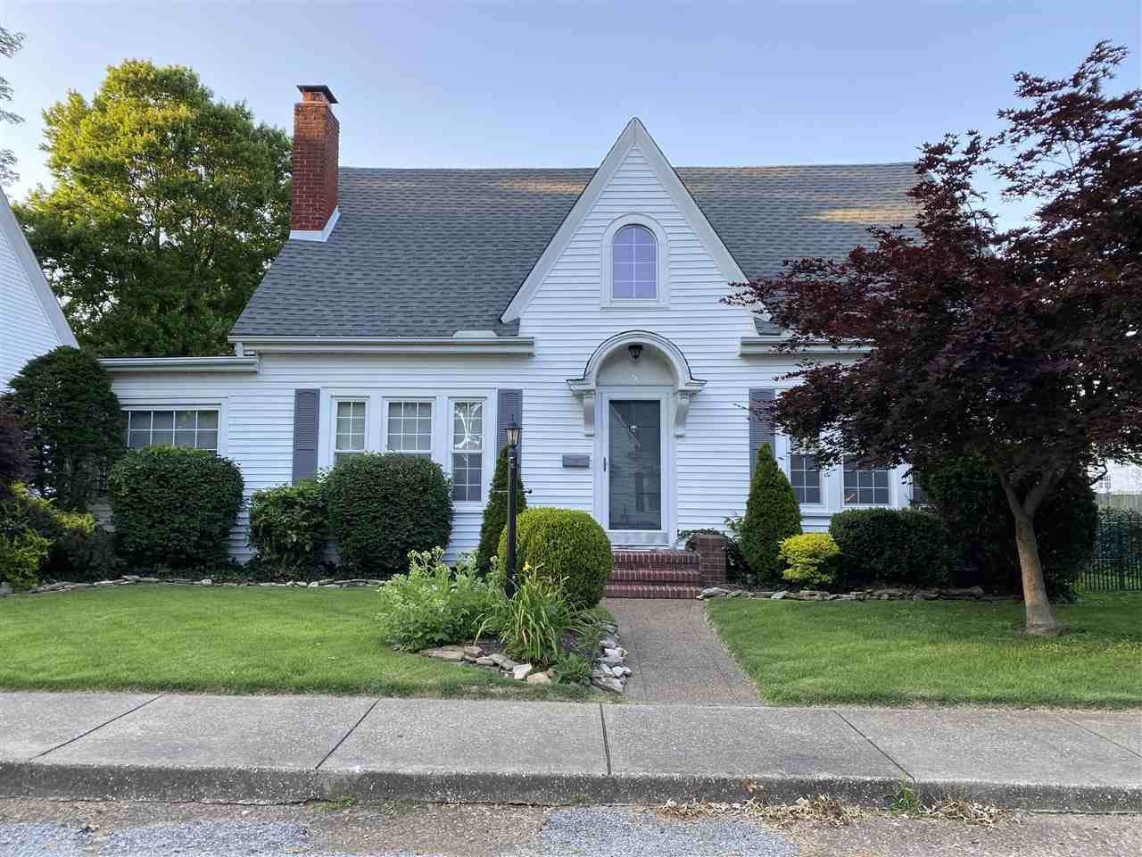 5 Colonial Ct - Photo 1