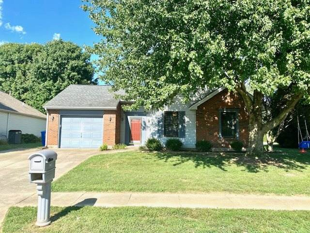 965 Oakcrest Dr, Henderson, KY 42420 (MLS #20200286) :: The Harris Jarboe Group
