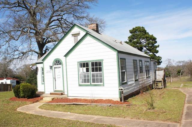 2310 N. Jackson, PALESTINE, TX 75803 (MLS #90979) :: Steve Grant Real Estate