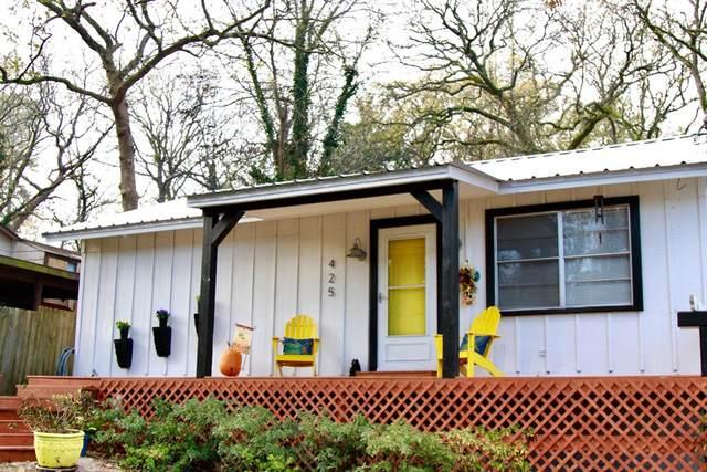 425 Briar Grove, MURCHISON, TX 75779 (MLS #94012) :: Steve Grant Real Estate