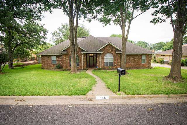 1115 Oval Drive, ATHENS, TX 75751 (MLS #95252) :: Steve Grant Real Estate