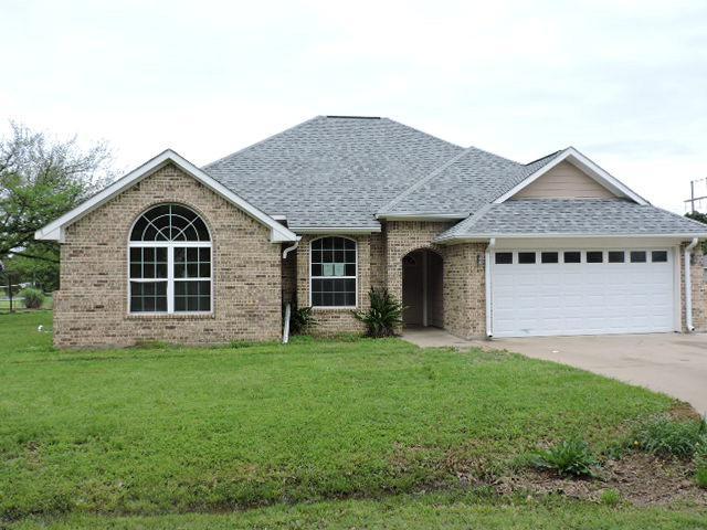 105 Tanglewood Drive, TOOL, TX 75143 (MLS #83743) :: Steve Grant Real Estate