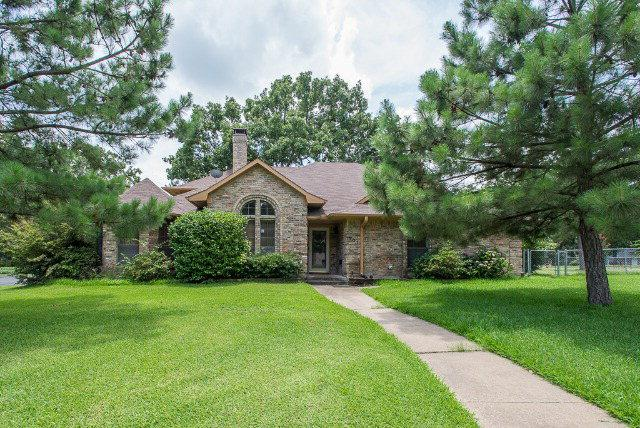 101 Castlewood Road, ENCHANTED OAKS, TX 75156 (MLS #85618) :: Steve Grant Real Estate