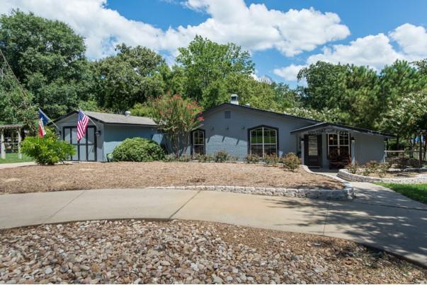 198 Lake Drive, ENCHANTED OAKS, TX 75156 (MLS #87684) :: Steve Grant Real Estate