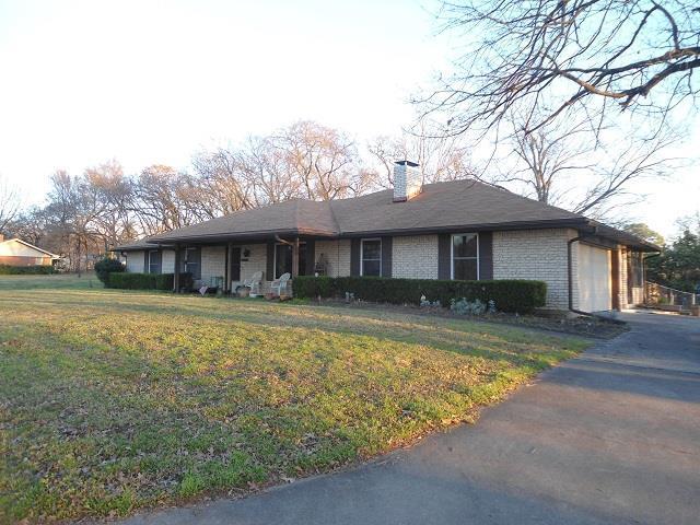 149 Sunset Drive, GUN BARREL CITY, TX 75156 (MLS #87690) :: Steve Grant Real Estate