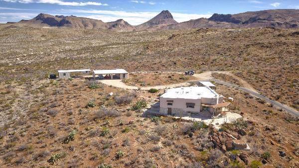 650 Chapman Way, TERLINGUA, TX 79852 (MLS #89599) :: Steve Grant Real Estate