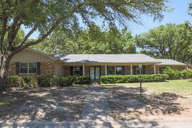 907 Bradley, ATHENS, TX 75751 (MLS #89747) :: Steve Grant Real Estate