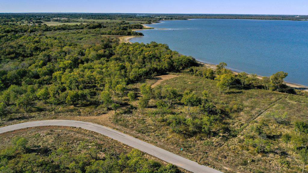 9229 W Shoreline Dr - Photo 1