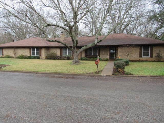104 Nannie Ln, PALESTINE, TX 75801 (MLS #90411) :: Steve Grant Real Estate