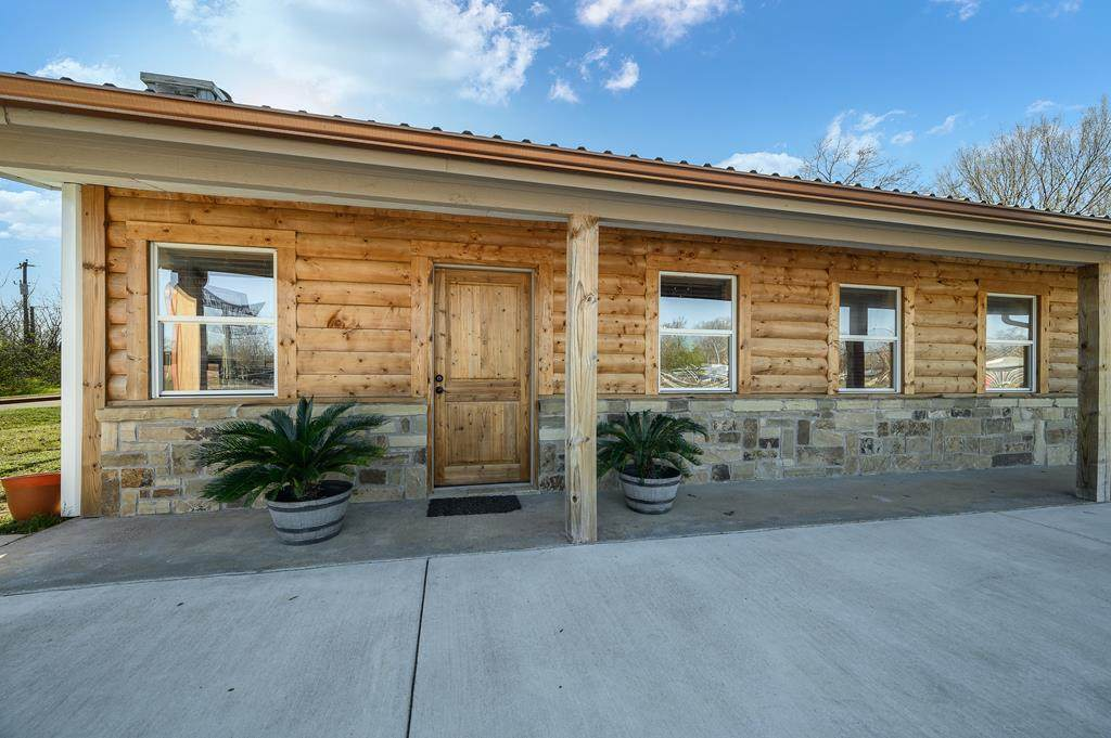 12757 S State Hwy 198 - Photo 1