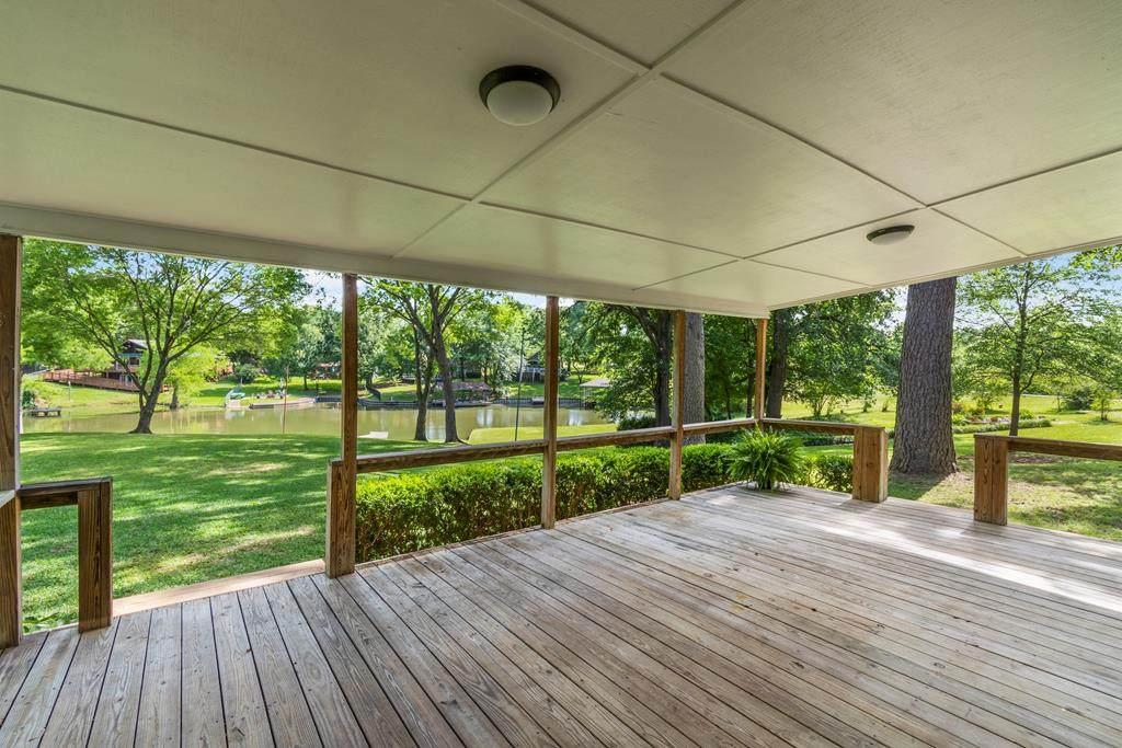 208 Tanglewood Drive - Photo 1