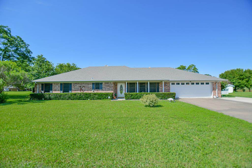 9 Starview Drive - Photo 1