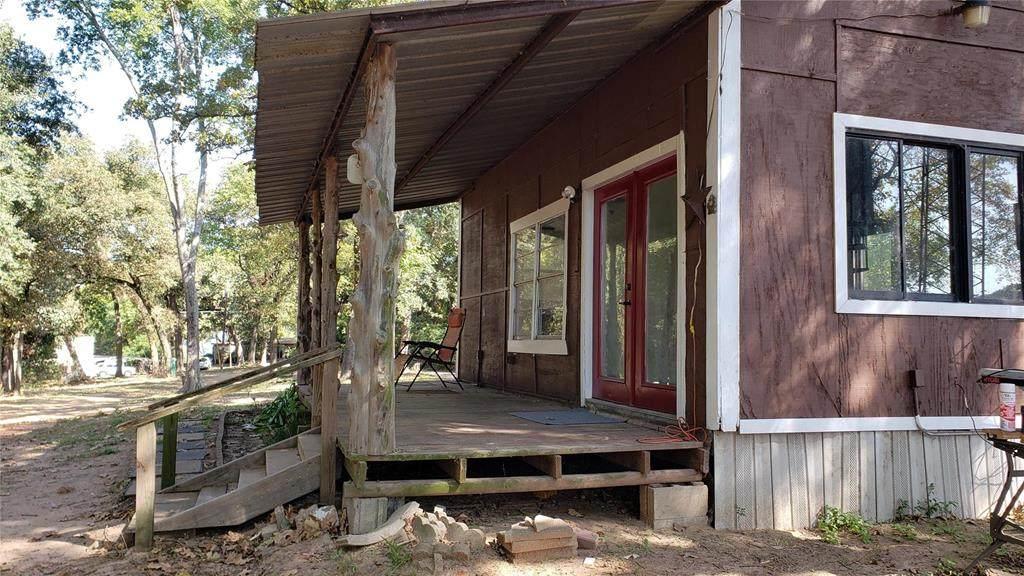623 E Oakwood Drive - Photo 1