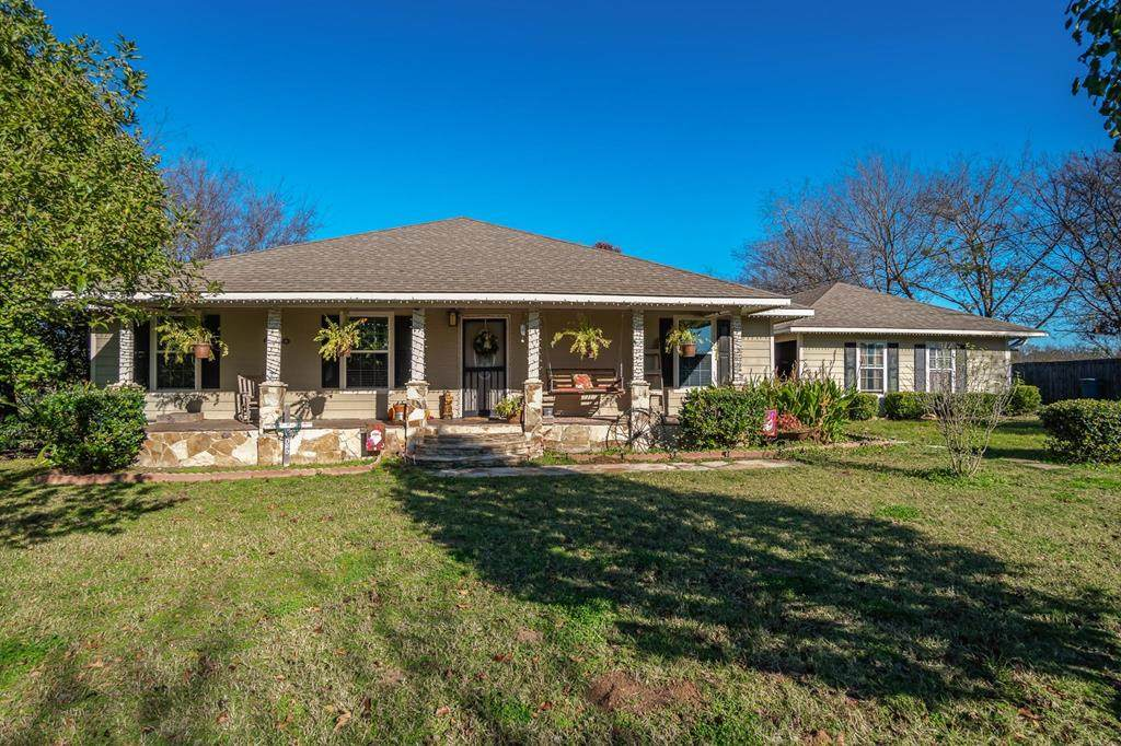 1368 State Hwy 243 - Photo 1