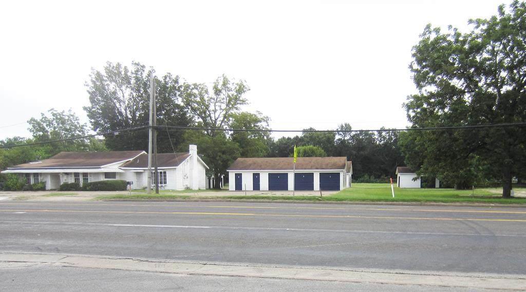 420 East Royal Boulevard - Photo 1
