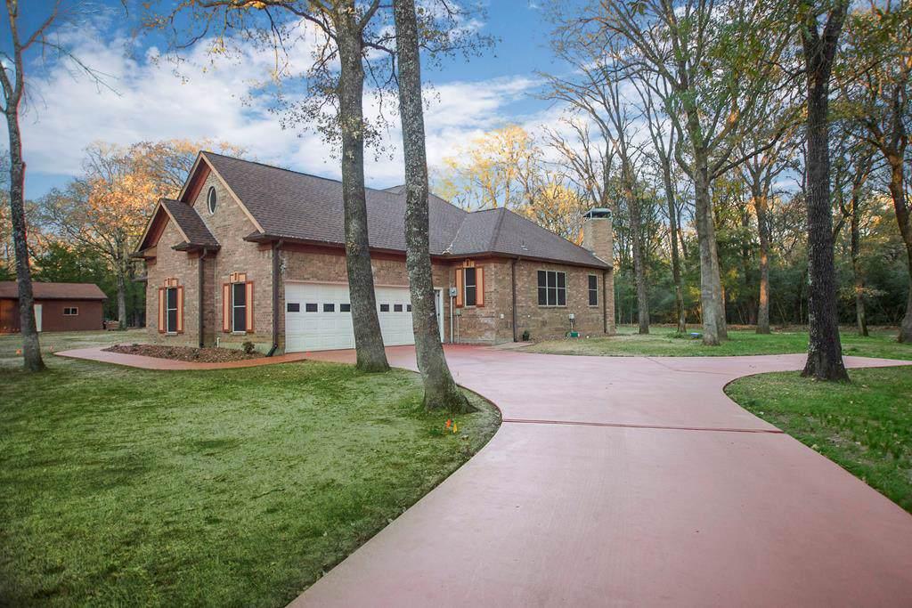 15149 Woods North Drive - Photo 1