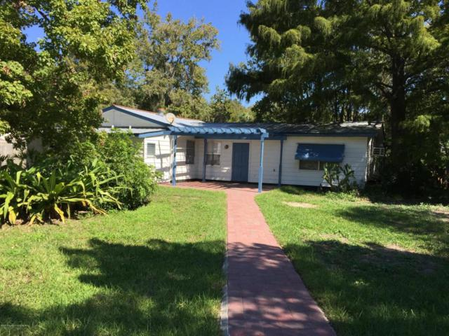 7268 Coventry Court, Weeki Wachee, FL 34607 (MLS #2195159) :: The Hardy Team - RE/MAX Marketing Specialists
