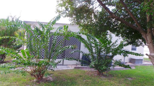 7552 Fairlane Avenue, Brooksville, FL 34613 (MLS #2195788) :: The Hardy Team - RE/MAX Marketing Specialists