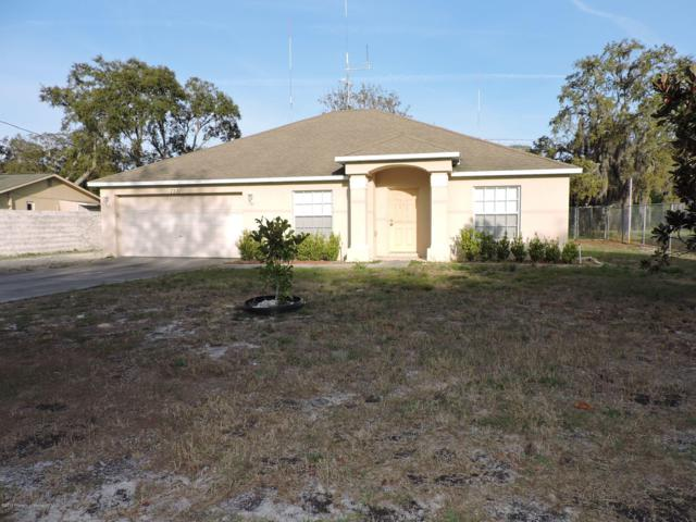 7221 Davenport Lane, Spring Hill, FL 34606 (MLS #2199575) :: The Hardy Team - RE/MAX Marketing Specialists