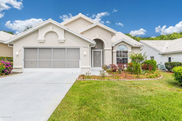 9306 French Quarters Circle, Weeki Wachee, FL 34613 (MLS #2200912) :: The Hardy Team - RE/MAX Marketing Specialists