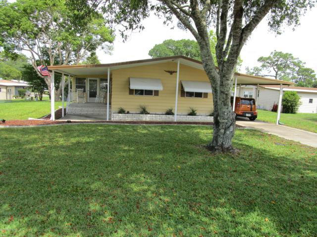 8462 Electra Avenue, Brooksville, FL 34613 (MLS #2200990) :: The Hardy Team - RE/MAX Marketing Specialists