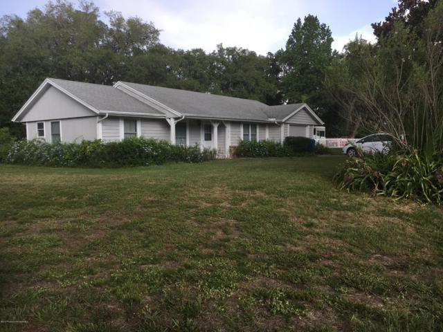 1510 Autumn Road, Spring Hill, FL 34608 (MLS #2202433) :: The Hardy Team - RE/MAX Marketing Specialists