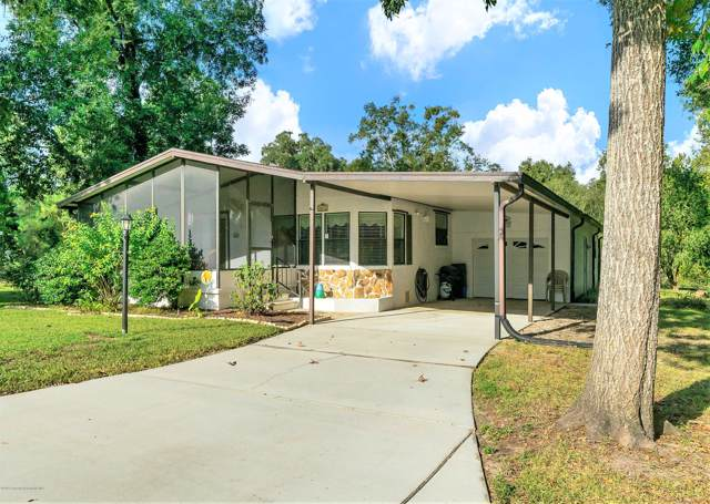 2804 Kingswood Circle, Brooksville, FL 34604 (MLS #2204720) :: The Hardy Team - RE/MAX Marketing Specialists
