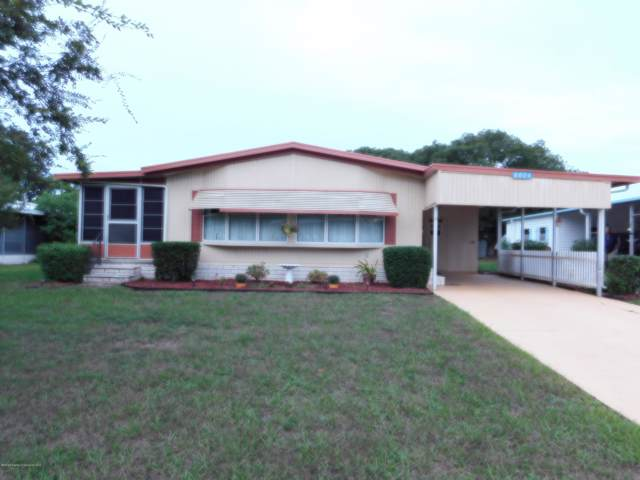 8024 Fairlane Avenue, Brooksville, FL 34613 (MLS #2204748) :: The Hardy Team - RE/MAX Marketing Specialists