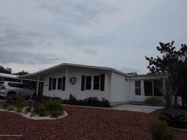 8064 Dellrose Avenue, Brooksville, FL 34613 (MLS #2205368) :: The Hardy Team - RE/MAX Marketing Specialists