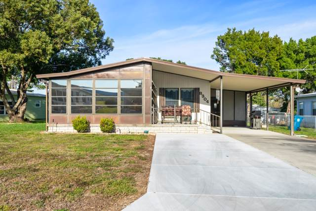 8304 Weatherford Avenue, Brooksville, FL 34613 (MLS #2205857) :: The Hardy Team - RE/MAX Marketing Specialists