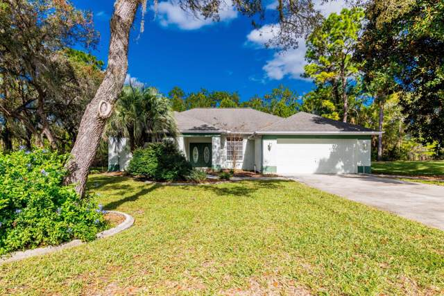 10261 Woodland Waters Boulevard, Weeki Wachee, FL 34613 (MLS #2205860) :: The Hardy Team - RE/MAX Marketing Specialists