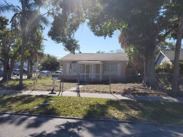 700 38th Avenue, St. Petersburg, FL 33705 (MLS #2206706) :: Premier Home Experts