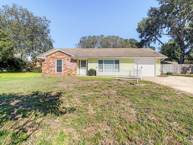 1557 Waterfall Drive, Spring Hill, FL 34608 (MLS #2207583) :: Premier Home Experts