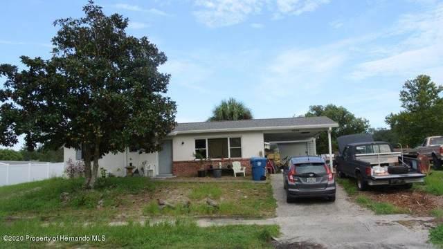 4206 Parkhurst Lane, Spring Hill, FL 34608 (MLS #2212002) :: Premier Home Experts