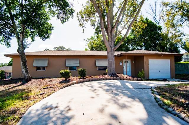 1174 Cobblestone Drive, Spring Hill, FL 34606 (MLS #2212587) :: Dalton Wade Real Estate Group