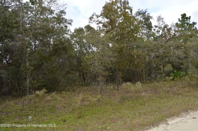 Lot 18 Cedarwood, Weeki Wachee, FL 34614 (MLS #2213595) :: Premier Home Experts